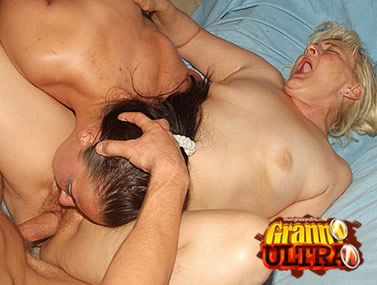 Cock-Starved Grannies Threesome